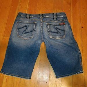 EUC Silver Jeans Bermuda Shorts sz 34